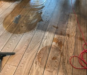 Puitpõranda süvapesu